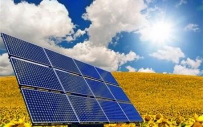 """Українцям почали давати кредити на """"домашні"""" сонячні електростанції"""