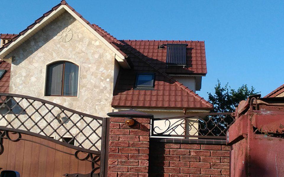 Установка солнечных коллекторов VIESSMANN в частном доме